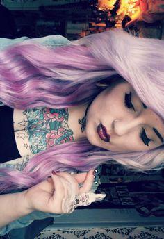 Purple hair and tattoos and lips Dye My Hair, Your Hair, Emo Scene Hair, Bright Hair, Colorful Hair, Purple Hair, Pastel Purple, Light Purple, Lavender Hair