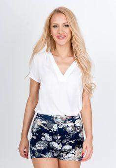 Tmavo modré kvetované šortky - ROUZIT.SK Off Shoulder Blouse, Spandex, Outfit, Tops, Women, Fashion, Outfits, Moda, Fashion Styles