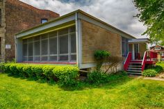 Midcentury modern fixer upper in Woodlawn asking $150,000 - Curbed Chicago