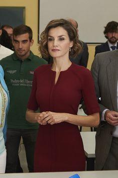 Queen Letizia of Spain Photos - Queen Letizia of Spain Attends Vocational Training Opening Course - Zimbio