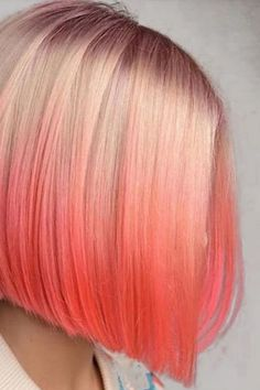 Crazy for Coral: Pantone's 2019 Color of the Year - Marcia Moore Design Coral Hair Color, Vivid Hair Color, Blue Ombre Hair, Hair Color Streaks, Hair Dye Colors, Hair Color Dark, Pink Hair, Japanese Hairstyles, Korean Hairstyles