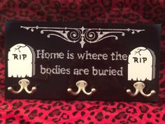 Top Horror Decor Ideas Floating ghost is another bit of wonderful halloween decor that may be produced with spending a couple of money. 1 approach to improve your halloween decor is to take several decorations and make your own scene. Halloween Signs, Halloween House, Halloween Crafts, Halloween Decorations, Halloween Bedroom, Halloween Ideas, Goth Home Decor, Cheap Home Decor, Diy Home Decor