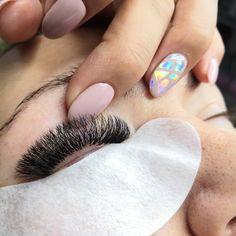 Art of Eyelashes Volume Lash Extensions, Eyelash Extensions, Esthetics Room, Great Lash, Make Up, Make It Yourself, Falsies, Lash Lift, Volume Lashes