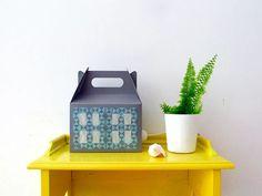 cómo-hacer-una-lámpara-con-una-caja-de-cartón-final-1