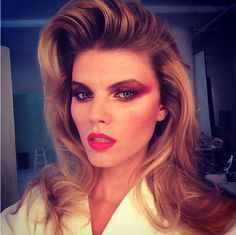 Le brushing Sixties de Maryna Linchuk