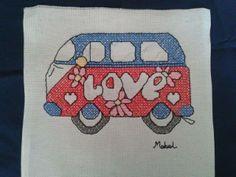 böyle güzel minibüs gördünüz mü?  çarpı işi. etamin. cross stitch.