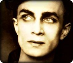 Conrad Veidt Conrad Veidt, Kiss Me, Boyfriend Material, In Hollywood, Style Icons, Monsters, Eye Candy, Cinema, Black And White