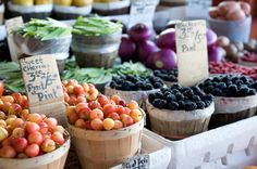 Not enough produce in your garden? Stop by your local farmer market for the local produce. This article has an awesome list of tips for helping you navigate the markets!