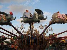 Disneyland California dumbo ride | Dumbo ride Fantasyland Disney World
