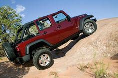 2007 Jeep Wrangler Unlimited Rubicon - http://www.9topgears.net/2007-jeep-wrangler-unlimited-rubicon/