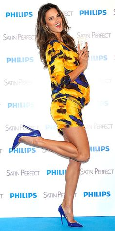 ALESSANDRA AMBROSIO in a lovely yellow patterned dress and blue stiletto heels. And those legs, those legs! Alessandra Ambrosio, Blue Stilettos, Blue Heels, Pregnant Celebrities, Brazilian Models, Maternity Fashion, Pregnancy Fashion, Maternity Style, Victorias Secret Models