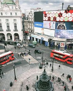 Piccadily Circus London