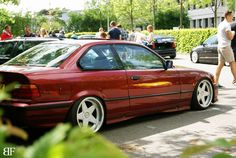 Calypsorot BME 36 coupé on cult classic AZEV A wheels
