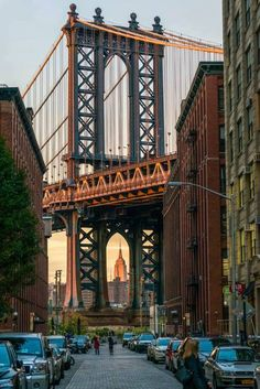 DUMBO Brooklyn the most spectacular waterfront, thriving art scene and architecture. #Brooklyn https://web.facebook.com/idealpropertiesgroup/photos/a.437113292977802.94994.113361655352969/1114779105211214/?type=3