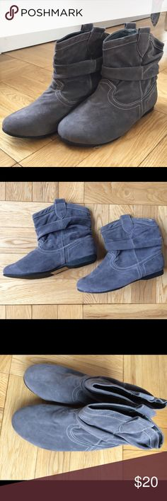 Brand New!  VivaLaDiva EXTRA WIDE Ankle Boots Brand New!  VivaLaDiva EXTRA WIDE Ankle Boots.  Grey Suede like slouchy booties with white contrast stitching and side tabs. Size 5EEE UK, 7 US. VivaLaDiva Shoes Ankle Boots & Booties