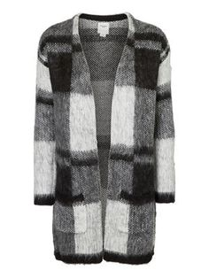 Coatcardi by Vero moda available @Muntfashion We <3 our new collection wwww.munt-webshop.be