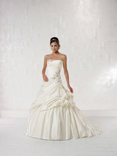 Ball gown sleeveless satin floor-length bridal gown 6c9203eb73e7