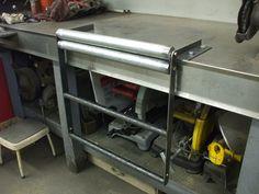 QUAD CAM BASTARDS: Homemade tools in action...sheet metal brake.