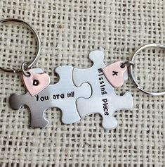 Puzzle piece Keychains set you are my missing piece his and her gift best friend gift copper hearts jewelry by CMKreations Movie Basket Gift, Movie Gift, Romantic Gifts For Him, Diy Gifts For Him, Creative Gift Baskets, Creative Gifts, Best Friend Gifts, Gifts For Friends, Bff Gifts