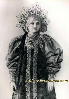 """oI< Девушка в """"венце"""", 1900е г."""