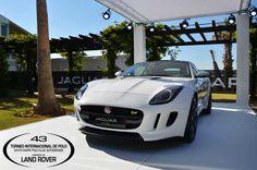Modelo de nuestro patrocinador principal en el 43 Torneo Internacional Land Rover de Polo