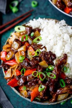 This Crispy Orange Beef is super easy to make and way better.- This Crispy Orange Beef is super easy to make and way better than take-out! Sticky-crispy-sweet Crispy Beef in orange sauce – so delicious and satisfying and ready in 25 minutes! Beef Recipes For Dinner, Meat Recipes, Asian Recipes, Chicken Recipes, Cooking Recipes, Healthy Recipes, Ethnic Recipes, Easy Beef Recipes, Recipies