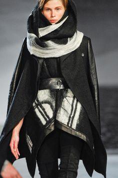 Helmut Lang felt/leather combi