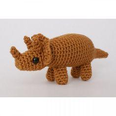 Triceratops - amigurumi dinosaur crochet pattern