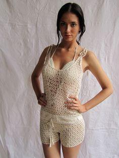 Anna kosturova Crochet romper cover-up with drawstring waist. Adjustable shoulder straps Crochet Romper, Crochet Pants, Crochet Skirts, Crochet Clothes, Crochet Bikini, Crochet Top, Lace Romper, Celebridades Fashion, Unique Crochet