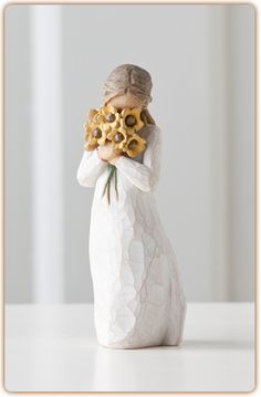 Warm Embrace Willow Tree Figurine, Surrounded by the warmth of family and friends. By Susan Lordi. Buy it now at the Shabby Shed Willow Figurines, Willow Tree Figures, Willow Tree Angels, Willow Tree Statues, Weeping Willow, Slender Girl, Tree Quotes, Hand Carved, Hand Painted