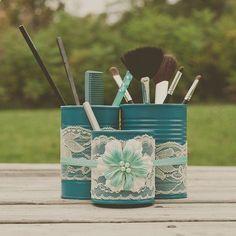 Rangement maquillage à faire soi-même avec boites de conserve www.homelisty.com...