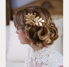 Gorgeous pin curl updo ~ we ❤ this! moncheribridals.com