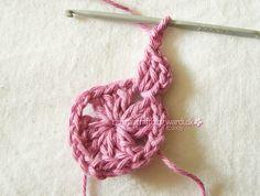 Crochet granny square tutorial - 10