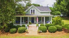 "95 Likes, 1 Comments - Circa Old Houses (@circahouses) on Instagram: ""Crushing on this Georgia cottage! What a spectacular restoration <3⠀ .⠀ (Bishop, GA)⠀ .⠀…"""