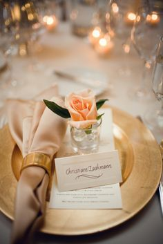 Gold chargers and gold table accents | Flora Nova Design - The Blog