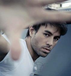 Enrique Iglesias  @Abbey Adique-Alarcon