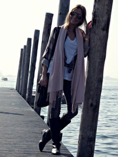 Fashion and style: On the lake ...