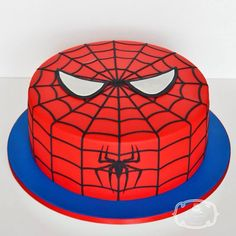 Spiderman Cake Ideas for Little Super Heroes - Novelty Birthday Cakes Spiderman Birthday Cake, Spiderman Theme, Cookie Cake Birthday, Superhero Cake, Superhero Birthday Party, Birthday Cake Decorating, Boy Birthday, Happy Birthday, 4th Birthday Cakes For Boys