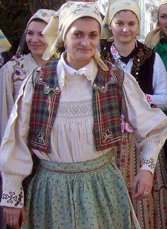 Poezii Sămănătorul: Vasile Mic - Poezii traduse în limba engleză Victorian, Dresses, Fashion, Vestidos, Moda, Fashion Styles, Dress, Fashion Illustrations, Gown