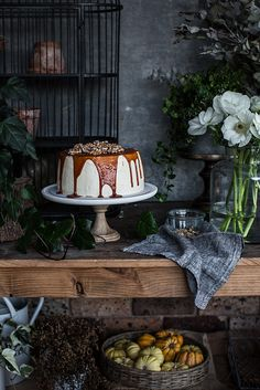 https://flic.kr/p/Jb2na1 | Winter Cake And Flora