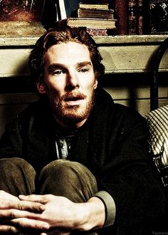 VINCENT! Totally died a fangirl's death the first time I learned Benedict played Vincent Van Gogh .