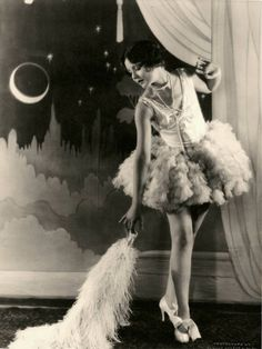 vintage flapper girl.. I've always wanted to be a flapper girl.