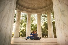 02-dc-engagement-photos-on-the-mall