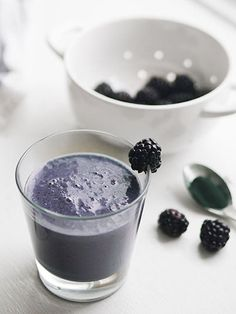 9 Healthy Smoothies That Can Boost Your Mood and More