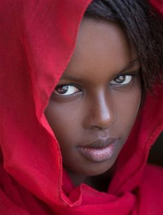 Khadiatha by Joachim Bergauer IFtemppicpinned in Building blo… Khadiatha by Joachim Bergauer # material library material via IFtemppicpinned in Building blocksdownld in ios 13 2017 at AM IF Beautiful Black Girl, Most Beautiful Faces, Beautiful Eyes, Beautiful People, Beautiful Women, Art Afro, Dark Skin Beauty, Ebony Beauty, African Beauty
