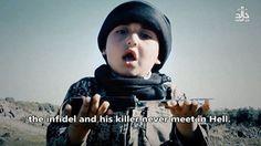 La última grabación del grupo terrorista muestra a un menor que habla a la cámara y porta los cuchillos que usarán los encargados de decapitar a los prisioneros