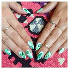 And I'm obsessed. My new banana leaf print nails are so rad I can't take it. Handpainted by @ciaomanhattan2012