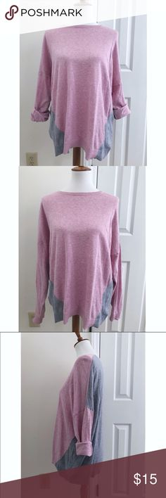Boden two tone oversized sweater - Size 10/L - I don't trade or sell outside of posh. - I ship every single day Monday-Saturday. - All items come from a smoke free, pet free home!  - If you have anymore questions just let me know and I would be happy to help.  - Happy poshing everyone! Boden Sweaters Crew & Scoop Necks