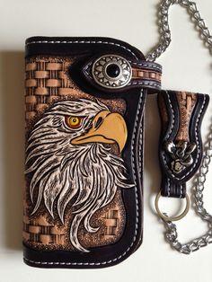 portefeuille biker artisanal en cuir grand modèle,motif: aigle sculpté (carving) : Porte-monnaie, portefeuilles par lakota-cuir
