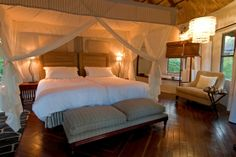 WorldGuide's top 10 Safari Lodges in Africa - Best Places to Be - WorldGuide Recommends - Travel - Sanctuary Sussi & Chuma, Zimbabwe